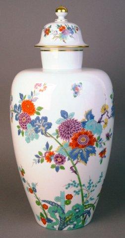 Large Meissen Vase With Kakiemon Decoration Not 19th Century But