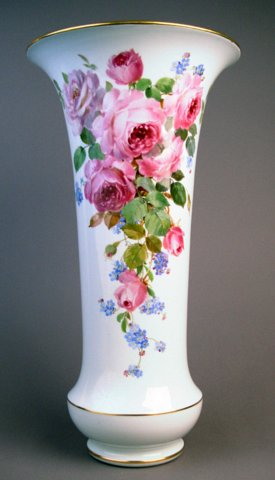 P Alignleftmeissen Vase Probably Decorated By Braunsdorf Who